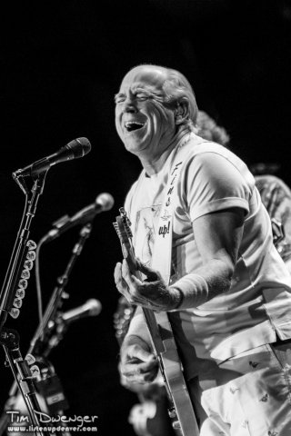 jimmy-buffett-tad-2013-4231