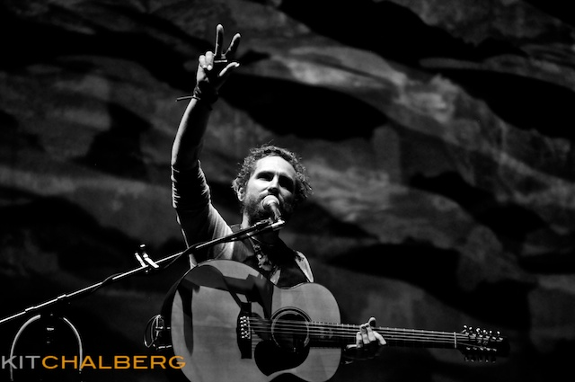 john-butler-trio-red-rocks-30123
