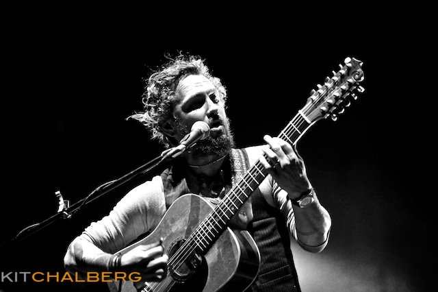 john-butler-trio-red-rocks-30154