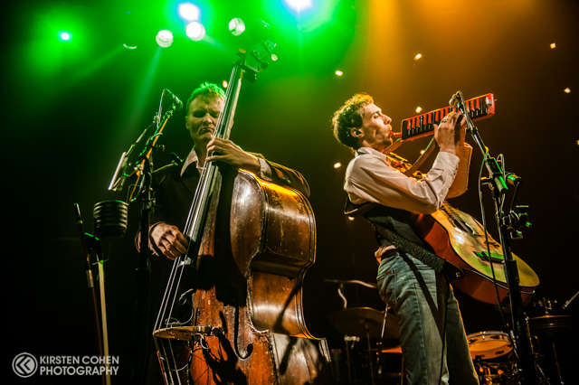 wood-bros-ben-sollee-16
