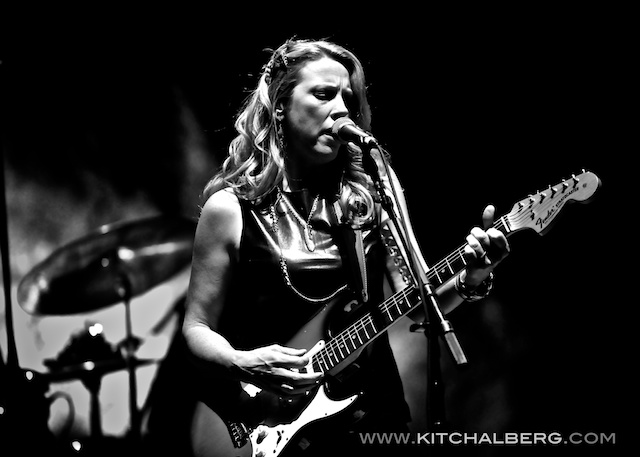 kit-chalberg-tedeschi-trucks-band-red-rocks-6-15-13-17588