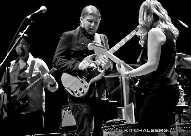 kit-chalberg-tedeschi-trucks-band-red-rocks-6-15-13-17599