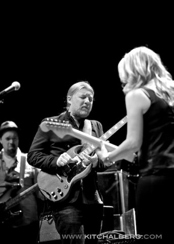kit-chalberg-tedeschi-trucks-band-red-rocks-6-15-13-17601