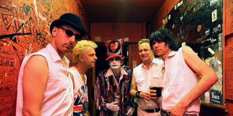 06_The Adicts