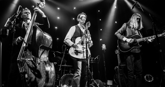 Wood Bros-Ben Sollee-13