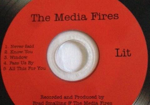 07_CD_Media Fires