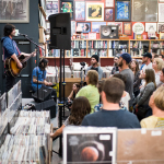 13 Pete Yorn Instore Twist and Shout