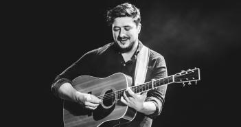 2-Mumford & Sons Fiddler Green Rae 09.27.2016-31