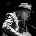 01 Neil Young-17