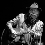 01 Neil Young-21