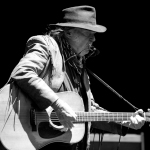 01 Neil Young-22