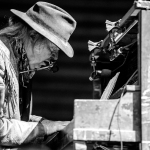 01 Neil Young-5