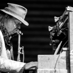 01 Neil Young-6