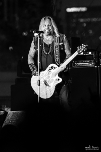 01-Vince Neil-MTPhoto13
