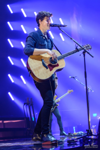02-Shawn Mendes-MTPhoto12