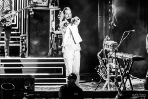02-Fitz and the Tantrums-MTPhoto15