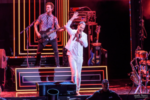 02-Fitz and the Tantrums-MTPhoto18
