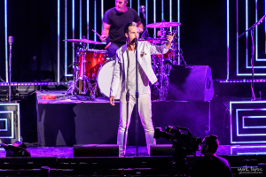 02-Fitz and the Tantrums-MTPhoto21