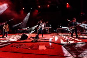02-Weezer-MTPhoto06